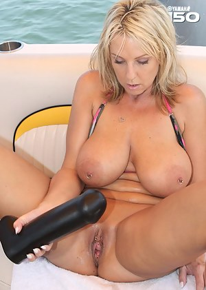 Big Boobs Pussy Piercing Porn Pictures