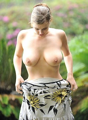 Big Boobs Undressing Porn Pictures